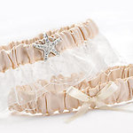 Destination Romance Keep and Toss Garter Set