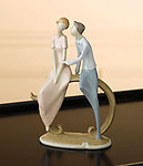 Circle of Love FIRST LOVE Figurine Cake Top