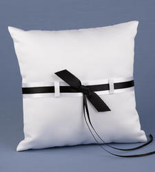 Love Links Black & White Ring Pillow