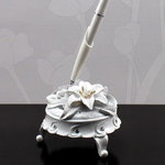 Sculptural White Tiger Lilies Round Pen Set