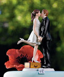 A Kiss and We're Off! Figurine