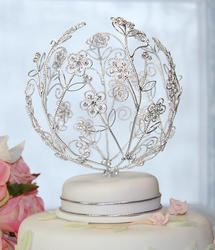 Crystal Daisies Around Cake Topper